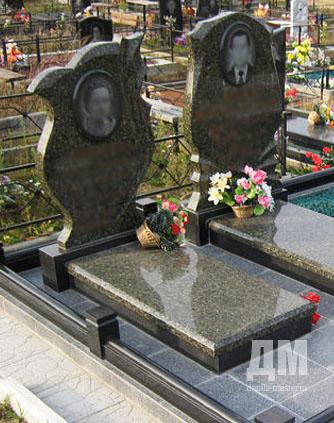 Образцы памятников из гранита фото в 90 лет памятники из габбро цена пикалево