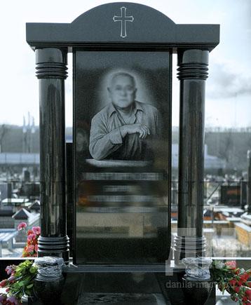 Недорогие памятники на могилу москва лучшее изготовление памятников надгробий к Волгодонск