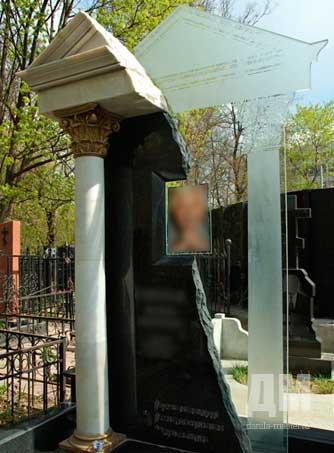 Недорогие памятники москва до 15000 памятники от производителя цены омск