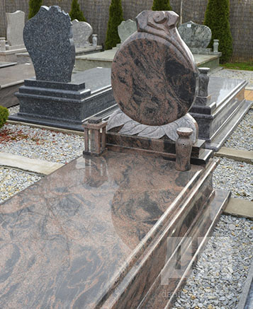 Надгробные памятники из пластика памятники воронеж цена фото йошкар ола