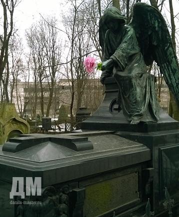 Заказать памятник спб к центру цены на памятники челябинск закарпатье