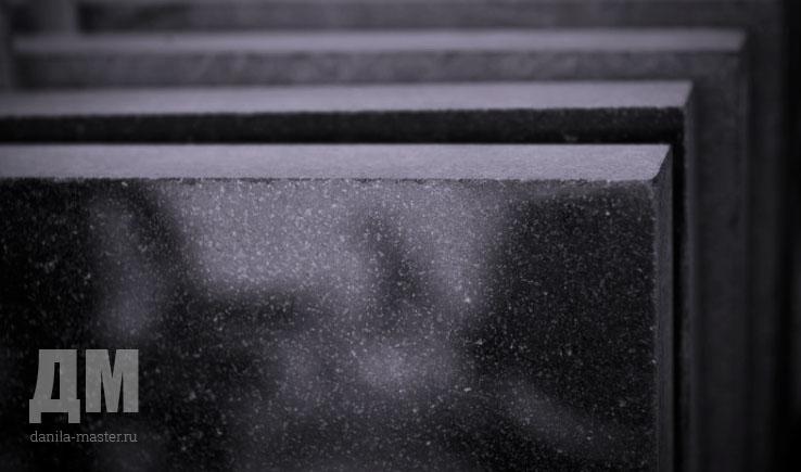 Эконом памятник горизонтальный Волна Верхняя Салда Мемориальный одиночный комплекс с крестом Окуловка