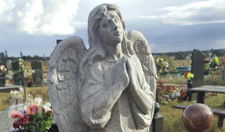 Памятник с ангелом Березники подбор памятников Жиздра